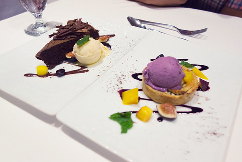 Oceanique Fifth Course: Chocolate Flourless Cake & Raspberry-Blueberry Tart