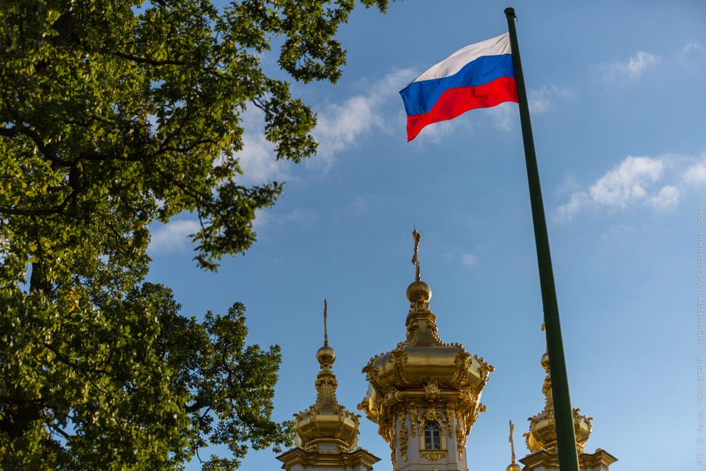 2013-Russia-Saint-Petersburg-Peterhof-025