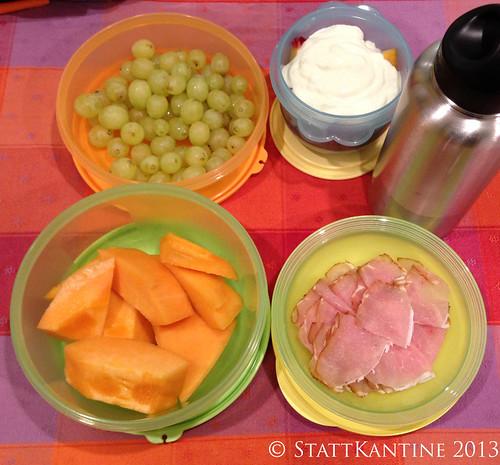 17.09.2013 Stattkantine - Melone mit Schinken, Trauben, Joghurt