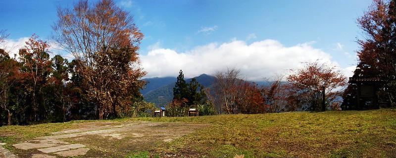 瓦拉米山屋園景