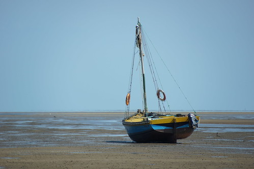 lowtide mozambique dhow maputobay