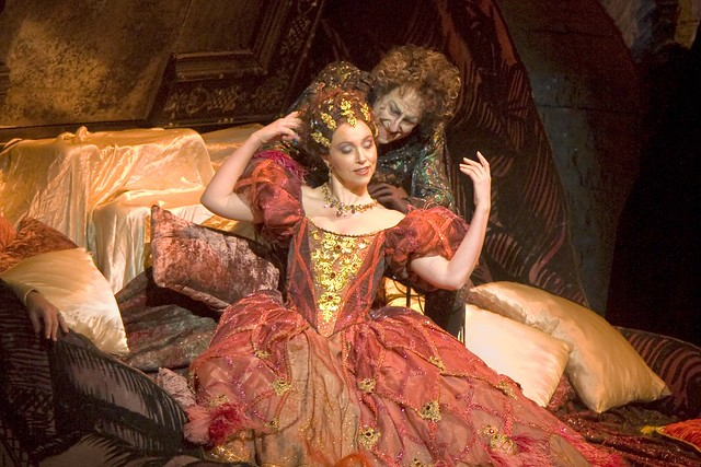 Les contes d'Hoffmann. The Royal Opera. By Jacques Offenbach