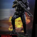Hot Toys – MMS399 – 星際大戰外傳:俠盜一號【帝國死亡特種兵豪華版】Death Trooper Specialist Deluxe Ver. 1/6 比例人偶作品