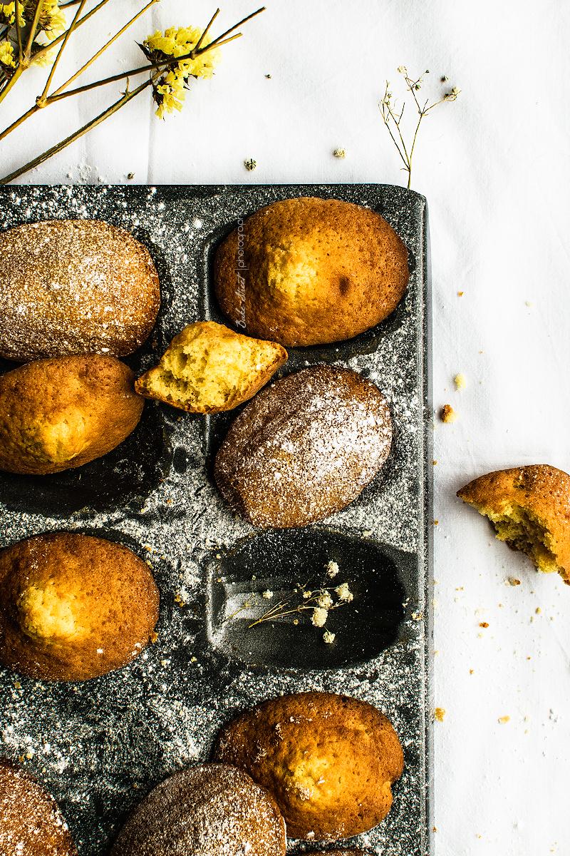 Madeleines de beurre noisette y naranjaines-5