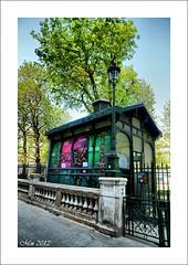 La petite cabane du jardin public