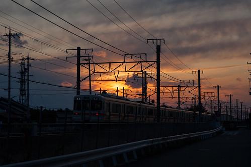 無料写真素材, 乗り物・交通, 電車・列車, 朝焼け・夕焼け, 風景  日本