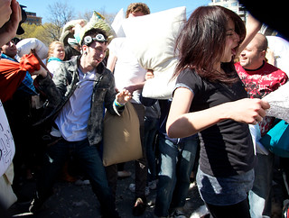 PillowFight! (3)