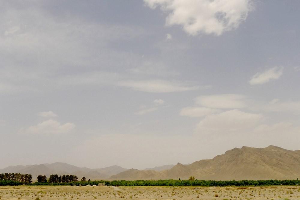yazd-shiraz-L1030003