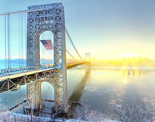 gw gwb bridge winter flag frozen ice nj ny nyc city movement traffic transportation mlk day sunrise 美国 纽约 曼哈顿 城市 建筑 georgewashingtonbridge hudsonriver fortlee newyorkcity gwbridge americanflag interstate95 纽约市 뉴욕시 뉴욕 맨해튼 ニューヨーク マンハッタン นิวยอร์ก ньюйорк न्यूयॉर्क nowyjork novayork 紐約市 紐約 曼哈頓
