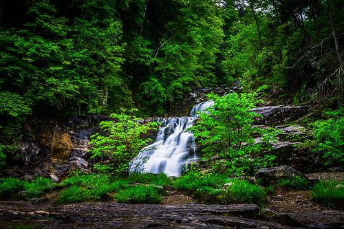 water landscape waterfall kent spring unitedstates connecticut kentfalls kentfallsstatepark
