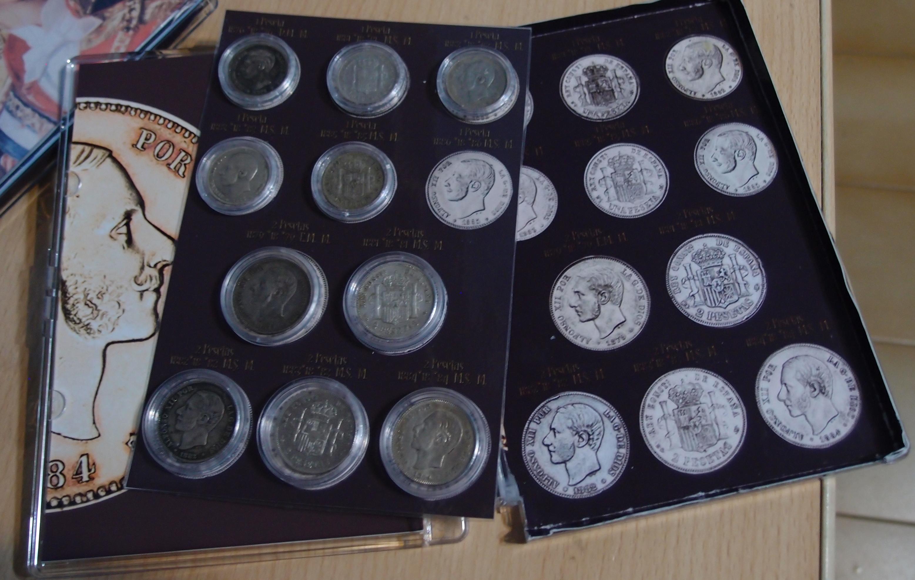 Coleccion Alfonso XII y Monetario 9057833198_2375b2685a_o