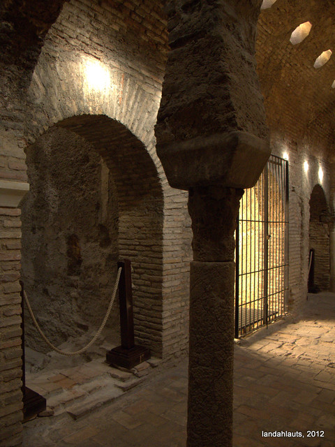 Antiguos Baños Judíos:Bañuelo – Baños del Nogal (Siglo XI)