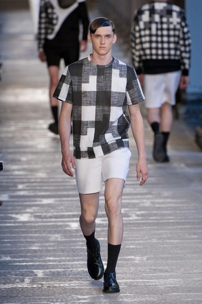 SS14 Milan Neil Barrett003_Anders Hayward(fashionising.com)