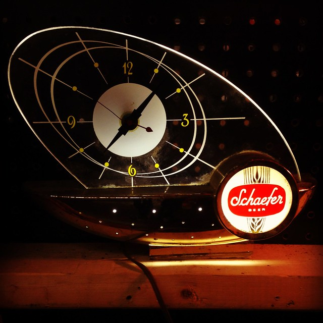 1960s Schaefer Beer Clock