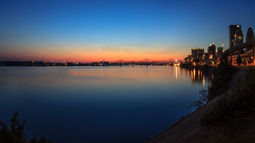 ohio skyline sunrise river bank wideangle fisheye louisville riverbank