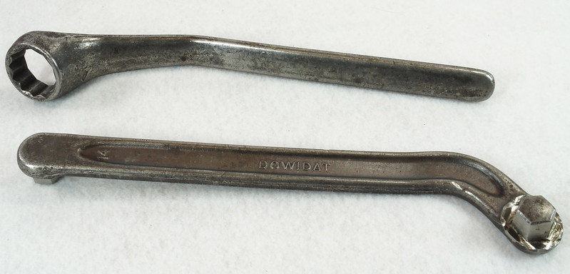 RD14651 Vintage DOWIDAT Mercedes Benz Offset Wrench 000 581 18 36 Ponton Diesel 20.8mm Plus Oil Drain Plug Wrench 14 mm DSC06109