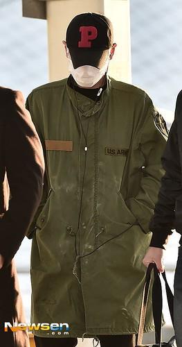 BIGBANG departure Seoul to Nagoya 2016-12-02 (30)