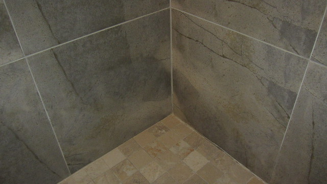 IMG_1943 more new shower grout cracks showing up