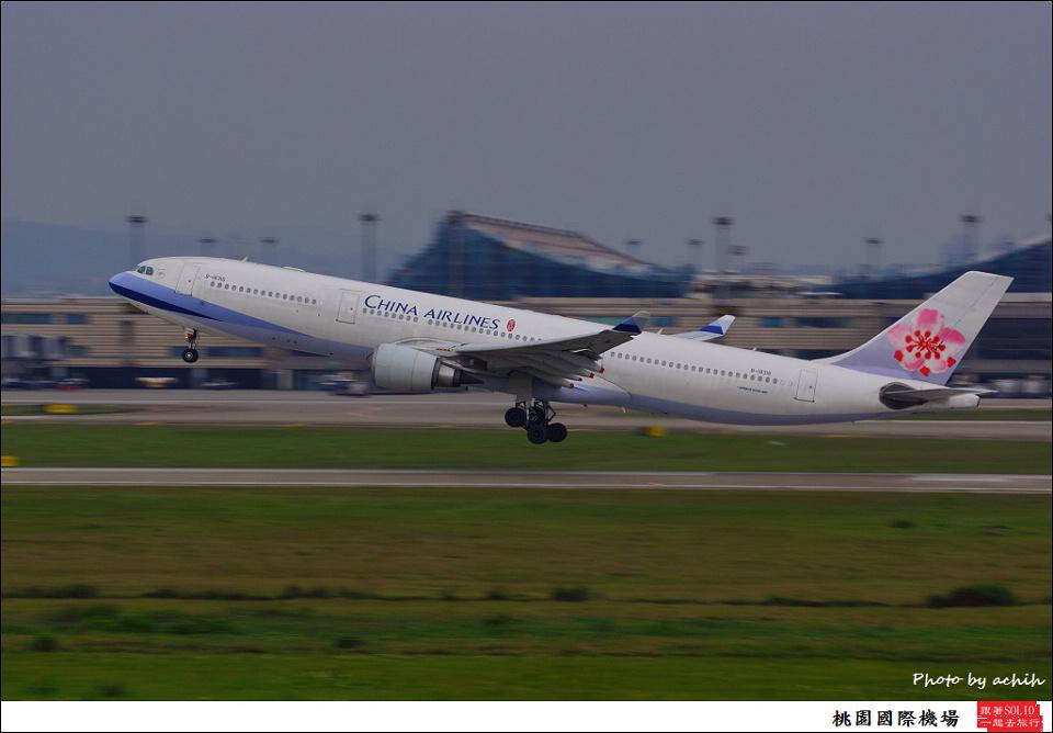 中華航空B-18316客機011