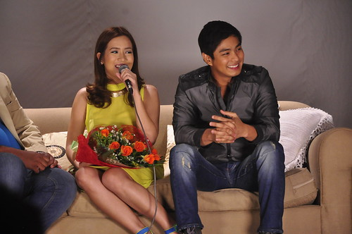 Born_to_love_you_COCO Martin
