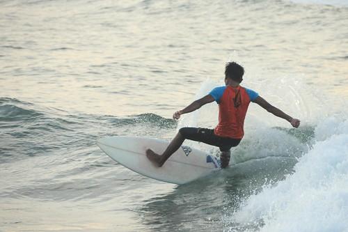 Lanuza Surfer