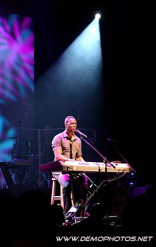 Brian McKnight Concert by DEMO PHOTOS by DeMond Younger