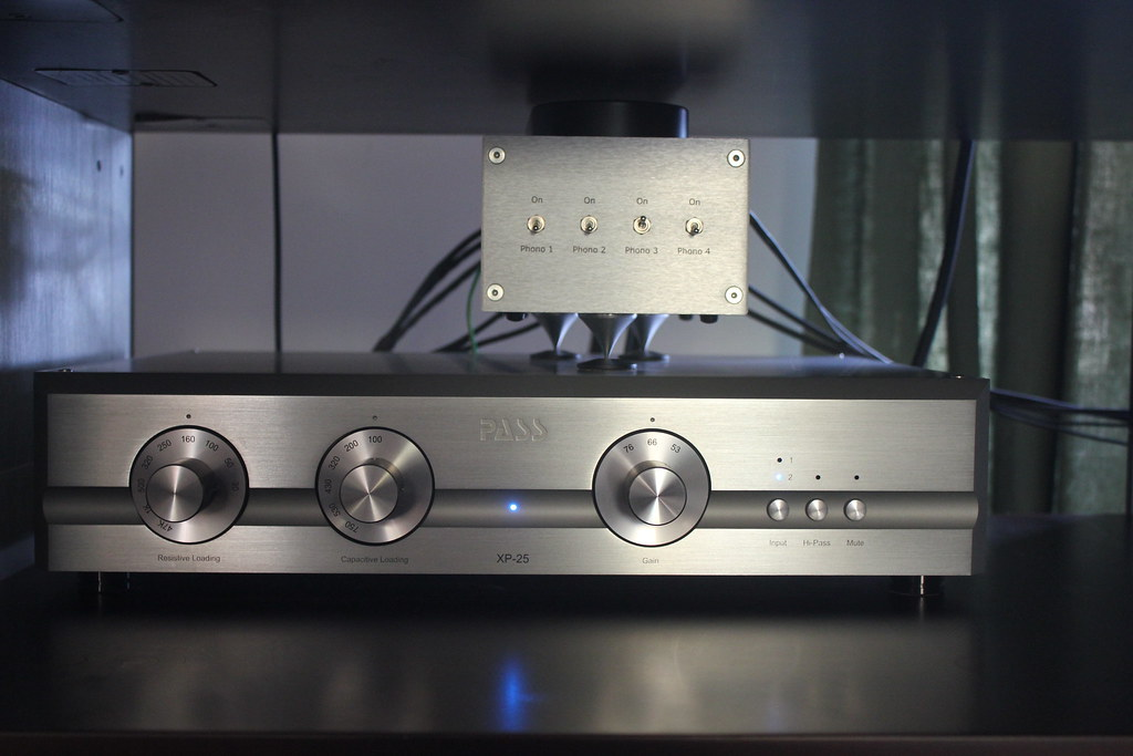 Pass Labs XP-25 phono stage