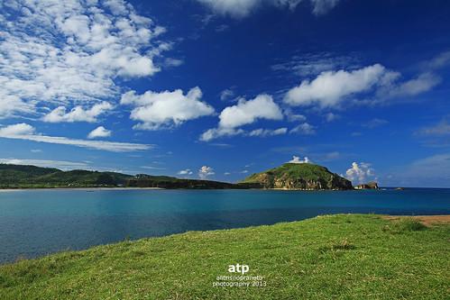 blue sea green grass clouds indonesia bluesky nopeople lombok aan tanjung bluesea westnusatenggara nusatenggarabarat tanjungaanlombok alitrisnopranoto