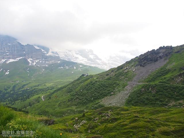 Kleine Scheidegg--Mannlichen 回首來時路