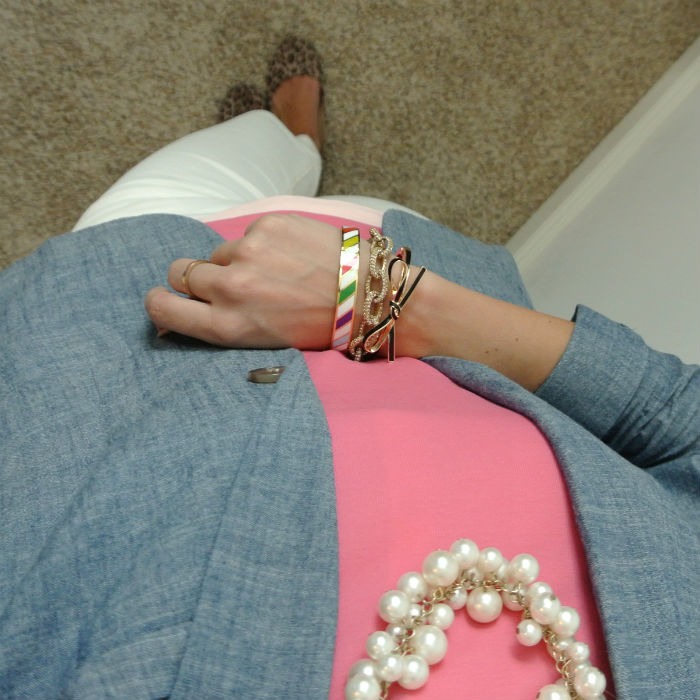 Outfit: preppy pink and chambray
