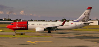NORWEIGIAN AIRLINES BOEING 737-800 LN-NIA BOEING 737-800 AT COPENHAGEN KASTRUP AIRPORT DENMARK SEP 2013 | by STEPHEN J MASON PHOTOGRAPHY