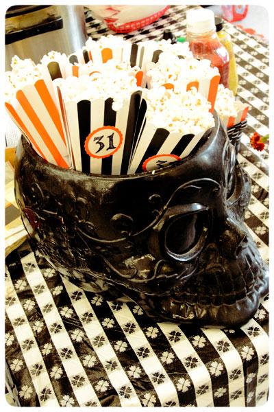 Erica-McNeish-Popcorn-Skull