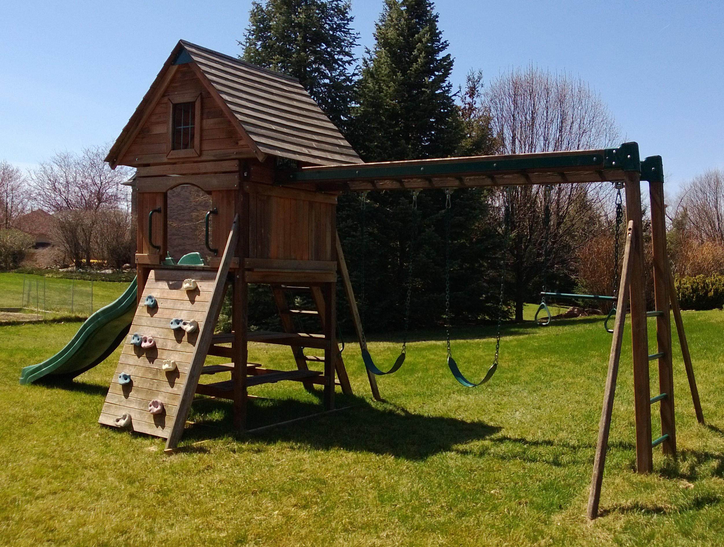 Backyard Playset Location