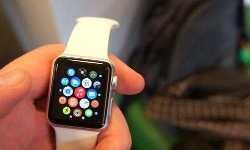 Apple Watch Lietuvoje kainuos 459 Eur Bitės salone