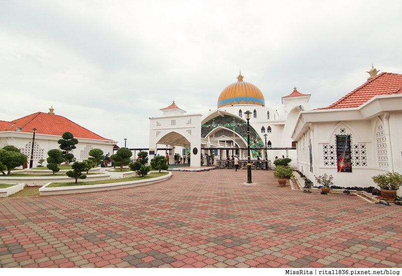 馬來西亞 麻六甲 馬六甲景點 Malacca Straits Mosque 清真寺 海上清真寺 Masjid Selat Melaka Pulau Melaka6