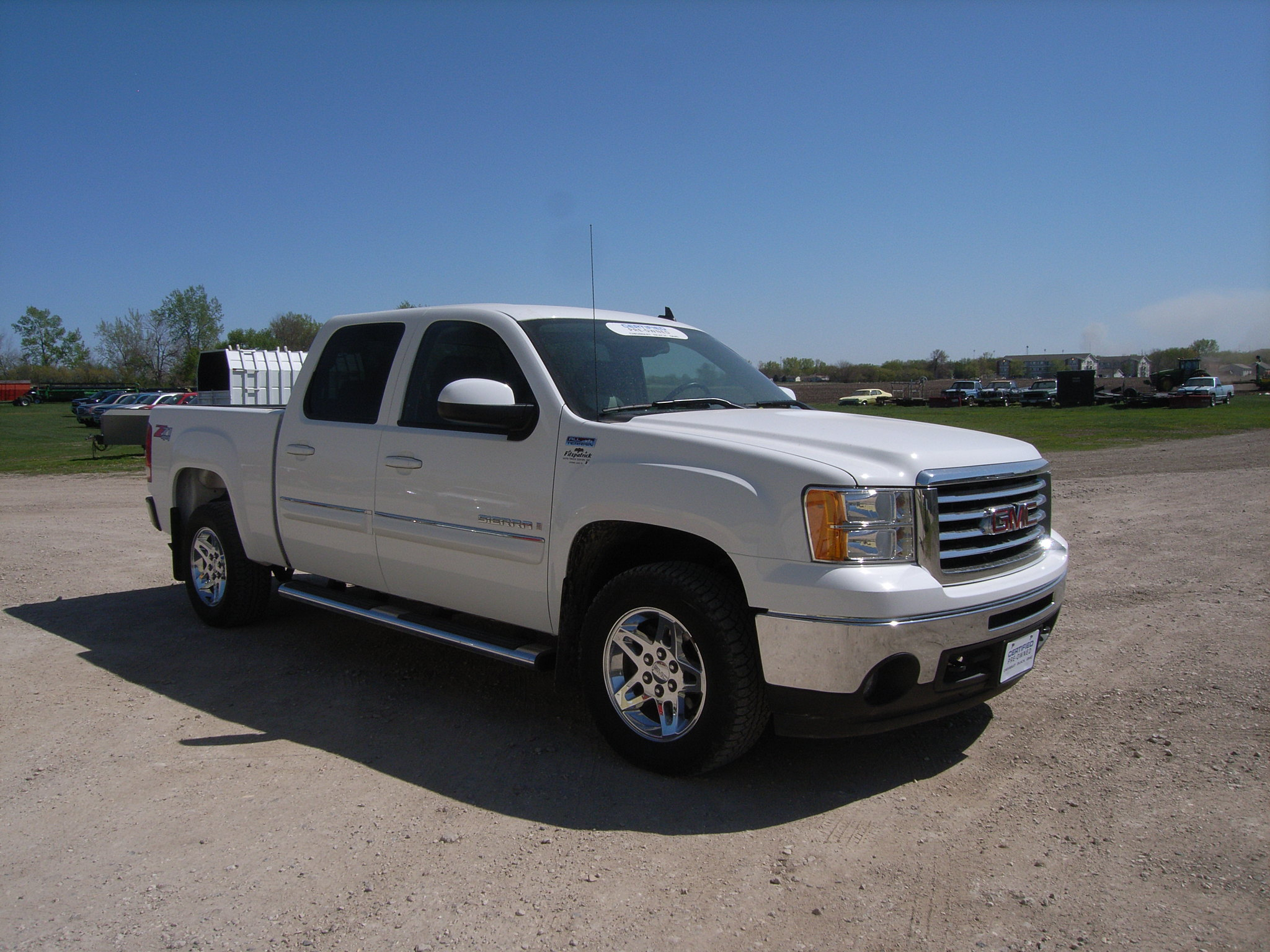 2009 gmc sierra crew cab white all terrain package for sale in storm lake iowa 3 flickr. Black Bedroom Furniture Sets. Home Design Ideas