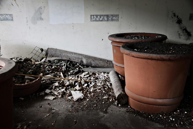 abandoned garage 23