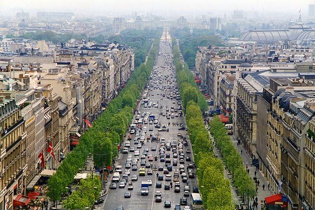 Avenue des champs lys es paris explore mjhbower 39 s photos flickr - H m avenue des champs elysees ...