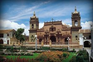 catedral-ayacucho-peru