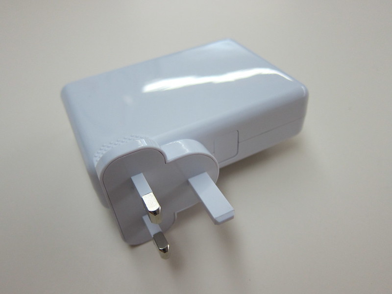 6-Port USB Charger - With UK Plug