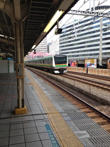 有楽町駅ホーム by haruhiko_iyota