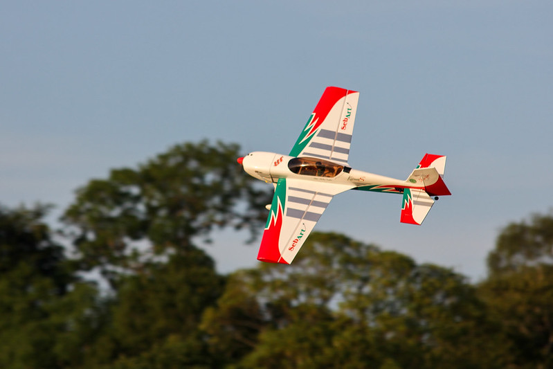 Phil flying his Seb Art Katana 50