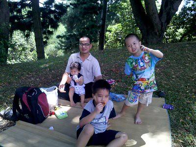 20130316_usmpicnic_lunch2