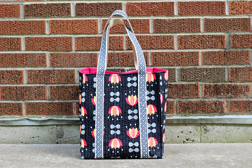 Featherweight Travel Tote Bag by Jeni Baker