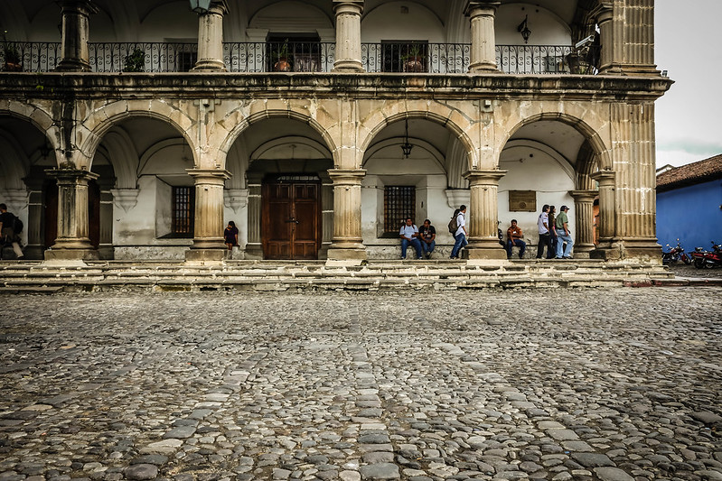 Archways_Antigua_Guatemala.jpg