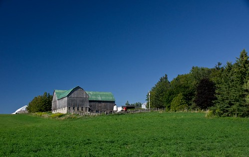ontario canada barn farm hill simcoe corners clearviewtownship countycashtown