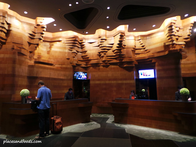 parkroyal on pickering hotel reception