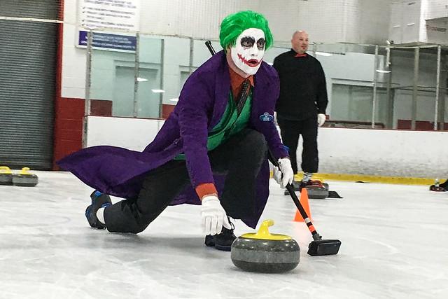 Halloween Curling 2016