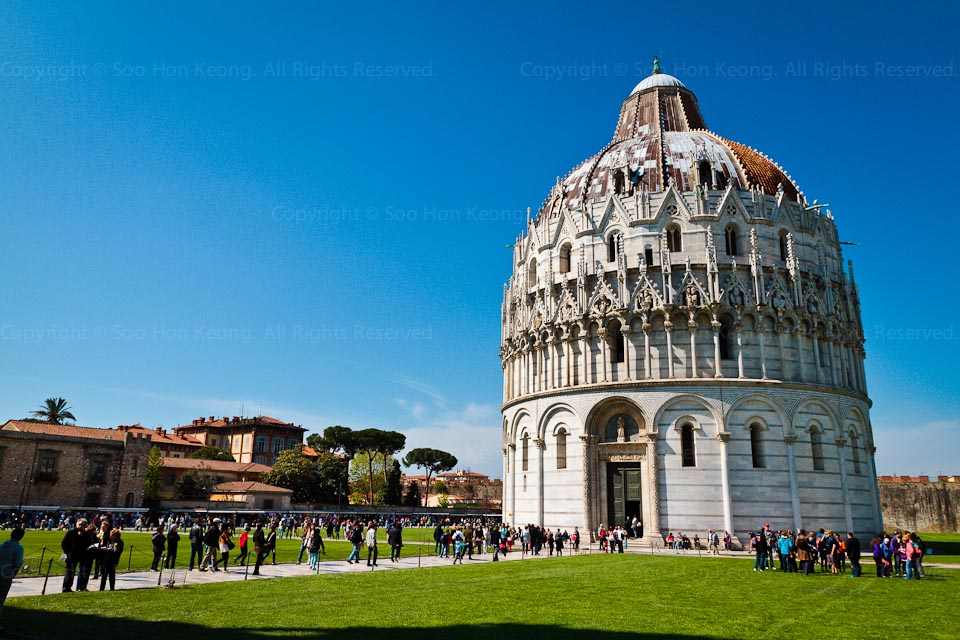 The Baptistery @ Pisa, Italy