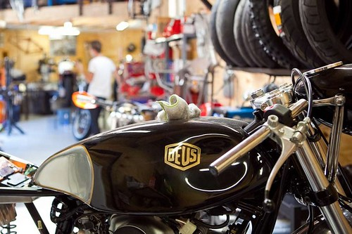 Emporium-Deus-Machina-6-thumb-620x413-41675
